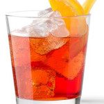 Americano - 4,0 cl Martini rosso; 4,0 cl Bitter; 2,0 cl Soda Water.