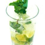 Mojito - 1/2 lime / mentuccia, zucchero di canna, 5,0cl Rum bianco, Soda water